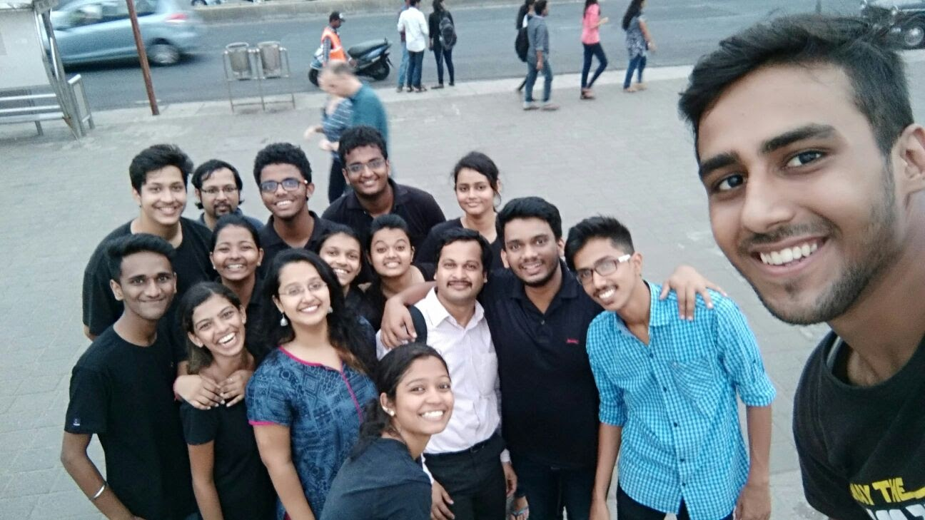 The NSS Volunteers with HR College NSS Coordinator Prof Atul Sathe and Riddhima from Safecity